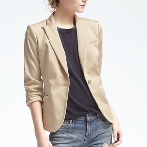 Banana Republic | Sateen Classic Fit Blazer
